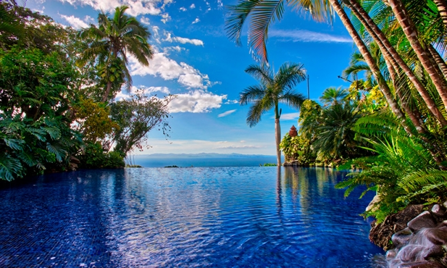 COSTA RICA FREE PASS